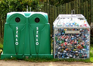 English: glass and plastic (bottles) recycling...