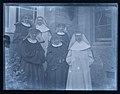Group of nuns (7946306750).jpg