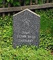 GuentherZ 2013-05-20 0350 Zwettl Propstei russischer Soldatenfriedhof.jpg