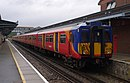 Guildford railway station MMB 24 455853.jpg