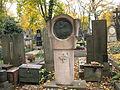Hřbitov Malvazinky (015).jpg