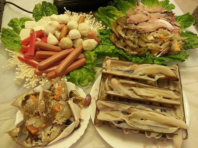 HK Hotpot foods Dec-2013 Ingredients %E8%9F%B6%E5%AD%90 Solenidae %E8%9F%B9 Crabs %E8%9D%A6 Prawn %E9%9B%9E%E8%82%89%E8%85%B8%E4%BB%94 Sausage n %E9%AD%9A%E6%97%A6 Fishballs.jpg