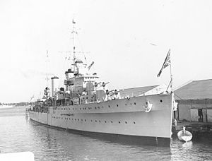 HMAS Hobart (D63) - Apollo berthed in Miami, Florida in 1938