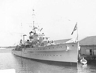 HMAS Hobart (D63) - Apollo berthed in Miami, Florida in 1938