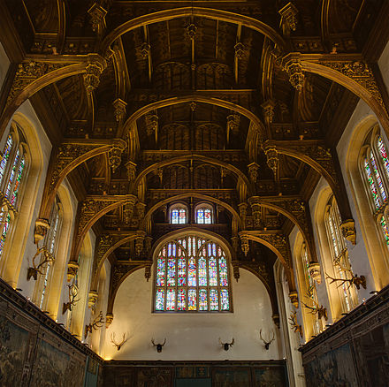 The ceiling of the Great Hall of Hampton Court Palace. Hampton Court Palace, Great Hall - Diliff.jpg