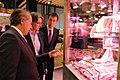 Higueras comprueba las últimas novedades gastronómicas en el Salón de Gourmets (04).jpg