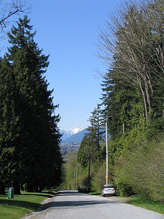 Robert Burnaby Park - Image: Hill Avenue Robert Burnaby Park