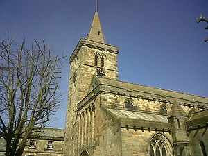 Holy Trinity Church, St Andrews - The tower of Holy Trinity Church