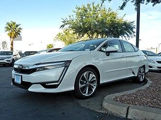 Honda Clarity - Image: Honda Clarity P4220694