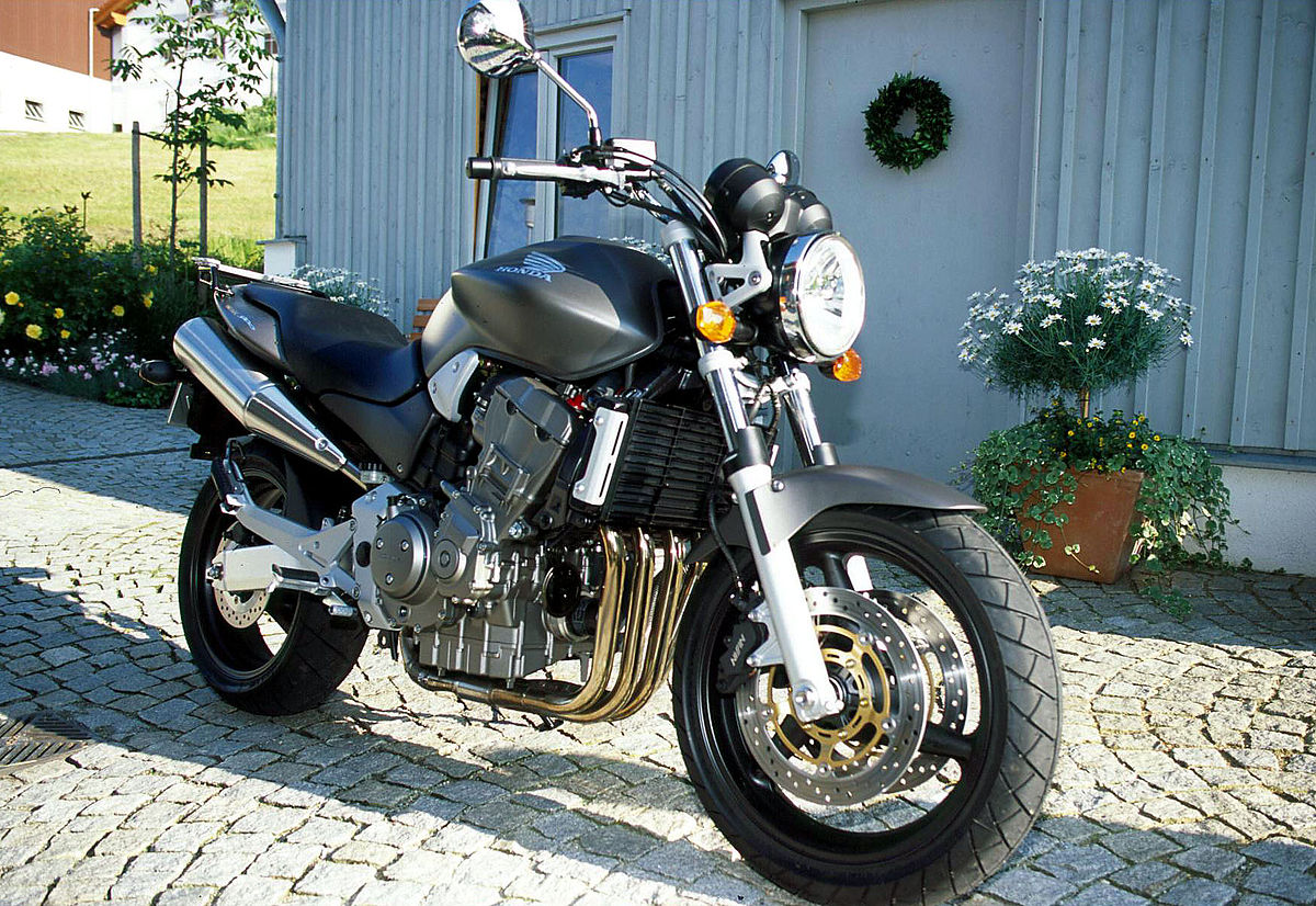 honda hornet 900 wikipedia. Black Bedroom Furniture Sets. Home Design Ideas