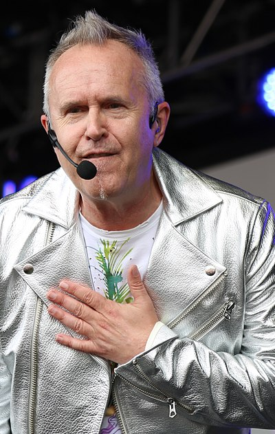 Picture of a band or musician: Howard Jones