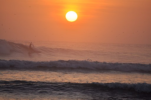 Huanchaco, Peru - Surfing Sunset best lima tour