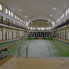 Stoops bad wikipedia for Foto in het bad
