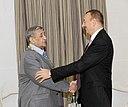 """Ilham Aliyev presented the """"Heydar Aliyev"""" order to people's artist Arif Malikov 3.jpg"""