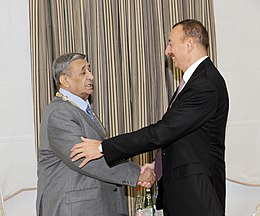 "Ilham Aliyev presented the ""Heydar Aliyev"" order to people's artist Arif Malikov 3.jpg"