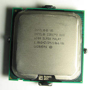 Conroe (microprocessor) - Image: Intel Core 2 Duo E6300 IHS