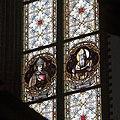 Interieur, detail van gebrandschilderd raam in het koor - Sint Nicolaasga - 20532813 - RCE.jpg