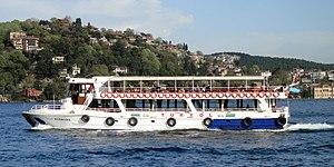 Istanbul Ausflugsschiff Yeni Marmara (02).jpg