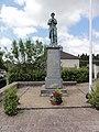 Iviers (Aisne) monument aux morts.JPG
