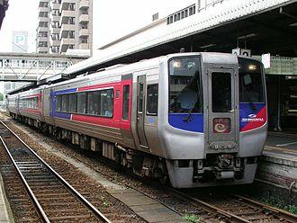 Shikoku Railway Company - Image: JR Shikoku N2000