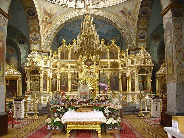 https://upload.wikimedia.org/wikipedia/commons/thumb/5/5d/Jableczna-cerkiew-034.jpg/640px-Jableczna-cerkiew-034.jpg