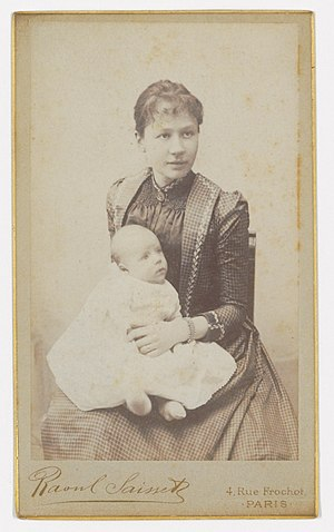 Johanna van Gogh-Bonger - Jo with son Vincent Willem at the studio of photographer Raoul Saisset, 4 Rue Frochot, Paris, 1890