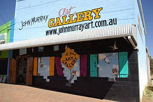 Lightning Ridge, New South Wales - John Murray's art gallery