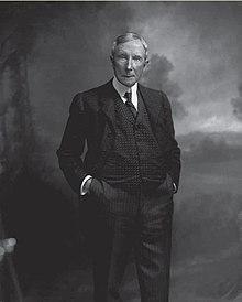 220px-John_D_Rockefeller_by_Oscar_White_