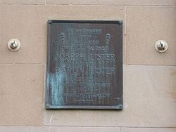 Photo of Joseph Lister plaque