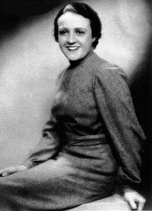 Capdevielle San Martín, Juana (1902-1936)