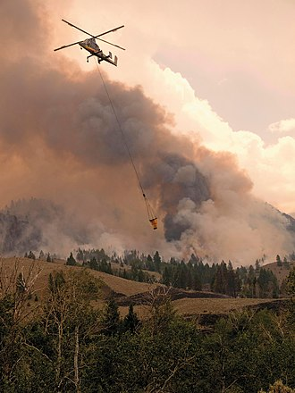 Firefighting - Kaman K-MAX helicopter fighting wildfires in Utah
