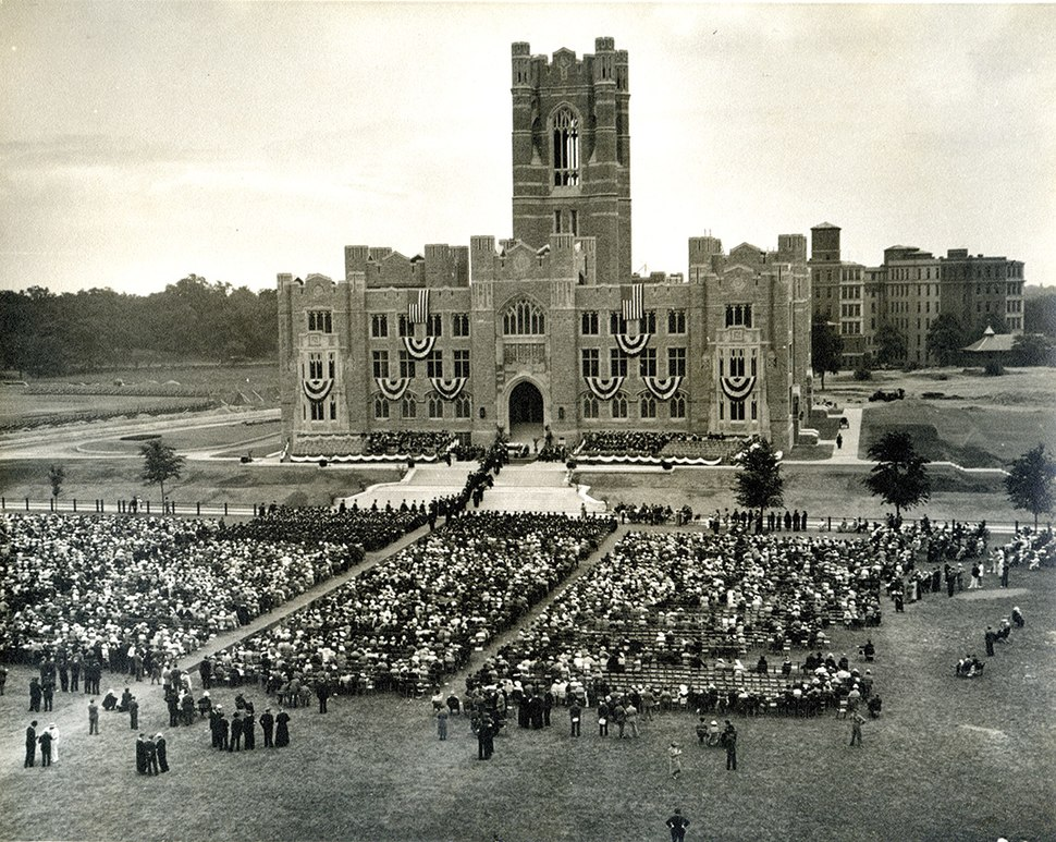 Keating Hall 1936 commencement