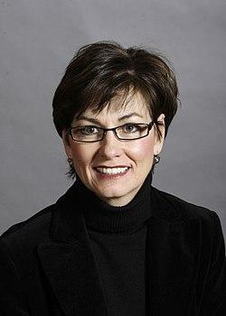 Kim Reynolds - Official Portrait - 83rd GA.jpg