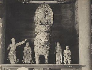 Saidai-ji - Image: Kishi Monju pentad (Saidaiji Nara)