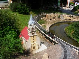 Garden railway - Wikipedia on natural swimming pool design, sensory garden design, garden layout, energy efficient house design, lng plant design, garden rail, garden railway, rock garden design, scale design, architects design, birds design, garden trains, water garden design, straw bale house design,