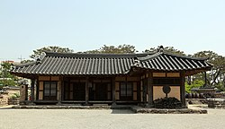 Korea Shrine of Somoe 06 (14002139700).jpg