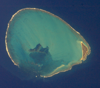 Kure Atoll - Satellite image of Kure Atoll (north is towards the upper-left corner)