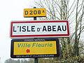 L'Isle-d'Abeau-FR-38-panneau d'agglomération-2.jpg