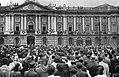 La Place du Capitole le 21 août 1944 (pour la Libération de Toulouse).jpg