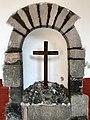 La cruz en la piedra.jpg