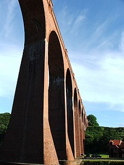 Larpool Viaduct, Ruswarp - geograph.org.uk - 504244