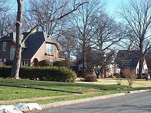 Linthicum, Maryland - A street in Historic Linthicum Heights