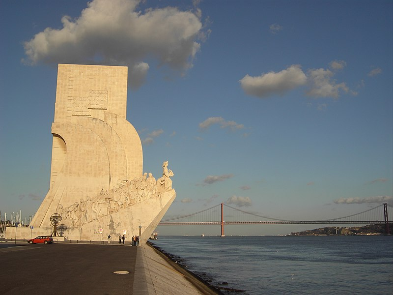 Ficheiro:Lisboa-Padrão dos Descobrimentos.jpg
