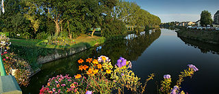 Oudon (river) river in France, tributary of the Mayenne