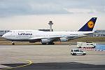 Lufthansa, D-ABVN, Boeing 747-430 (16431012826) (2).jpg
