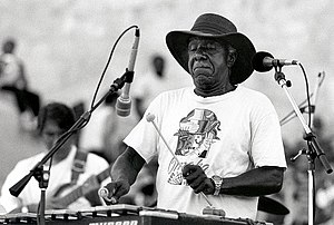 1999 in jazz - Luigi Waites plays the vibraphone during a tribute to Duke Ellington, July 29, 1999