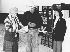 Monty Roberts - Monty and Pat Roberts with Queen Elizabeth II of the United Kingdom in 1996