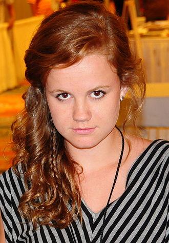 Mackenzie Lintz - Lintz at the 2012 Florida SuperCon