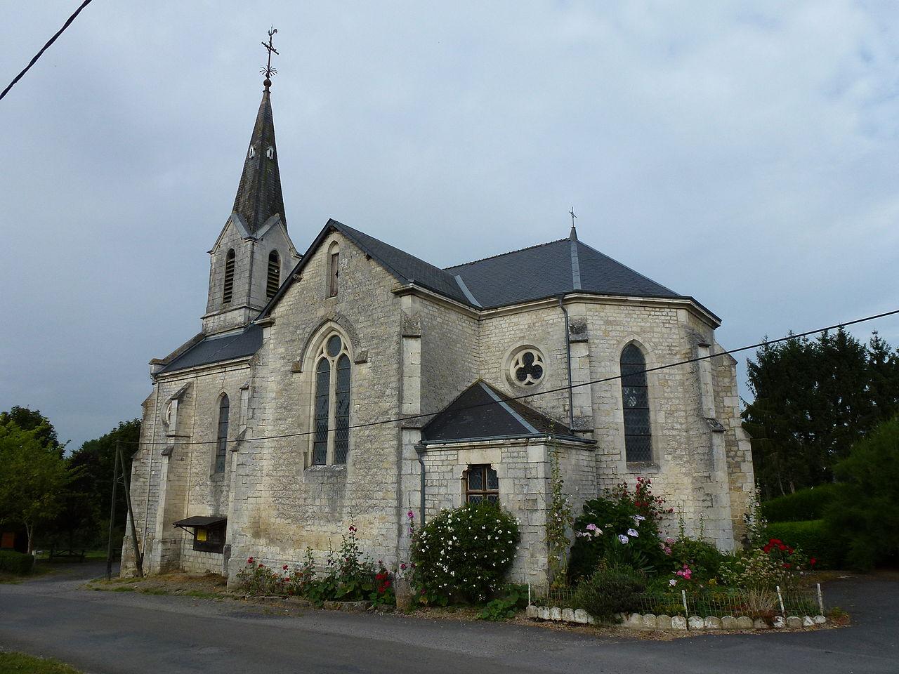 Maranwez (Ardennes) église, chevet.JPG