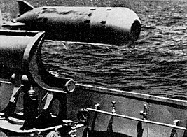 Mark 32 torpedo in toss-launching.jpg